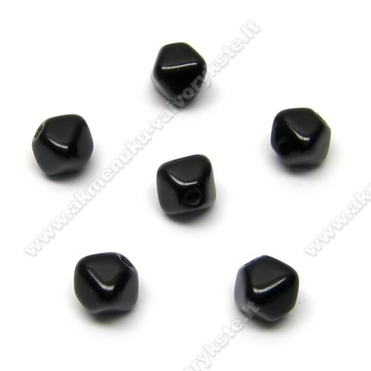 Stiklas juodas keturbriaunio rombo formos 6 mm