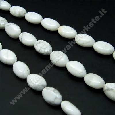 Hovlitas baltas pupelės formos