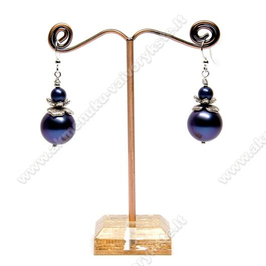 Pasidaryk pats: Auskarai su violetiniais perlais
