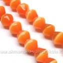 Katės akis oranžinė dvipusio konuso formos 8 mm