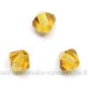 Čekiškas stiklas gintaro spalvos dvipusio konuso formos 4 mm