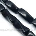 Žadeitas juodas susukto tribriaunio cilindro formos