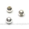 Metaliniai karoliukai su grioveliais, sidabro spalvos 4 mm 100 vnt.