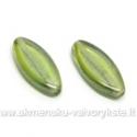 Stiklas žalias lapelio formos padengtas švelniu perlamutru 20x8 mm