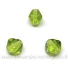 Stiklas žalias keturbriaunio rombo formos 6 mm